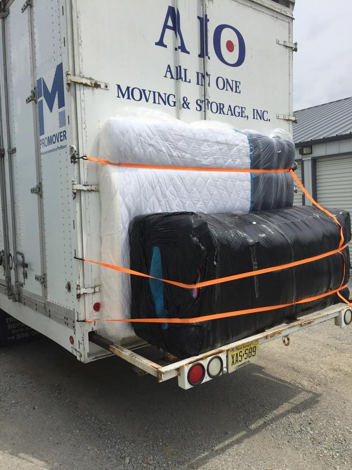 moving3 225x300 - Commercial Movers