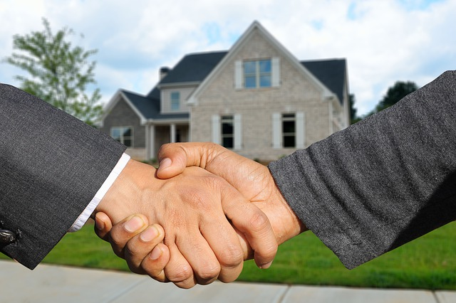 Handshake with a real estate agent in Jersey City