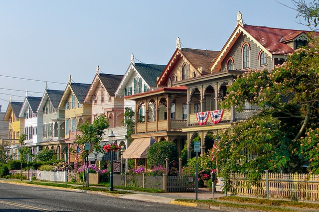 Row of houses in NJ - learn what the best places for families in New Jersey are before moving there