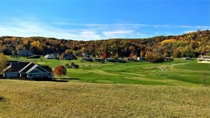 Leave yourself time to enjoy a relaxing game of golf while our Ridgewood movers NJ take care of everything.